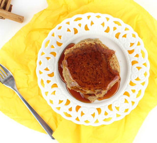 oat pancakes with orange preparation step 3, adding cinnamon topping