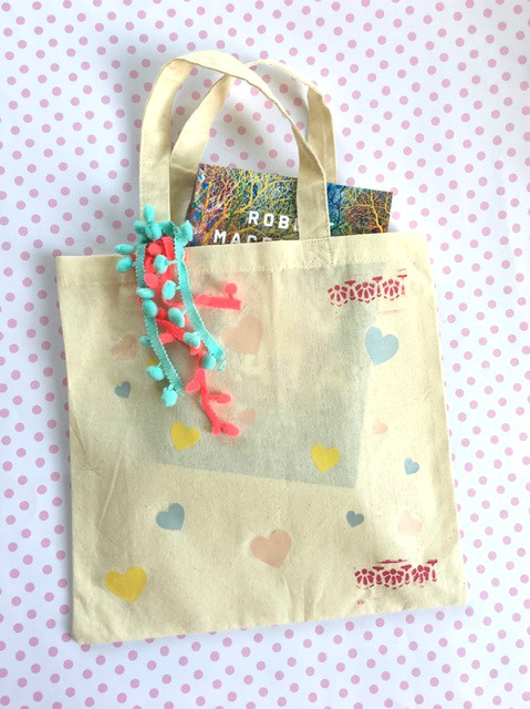 diy craft your own heart tote bag in 5min